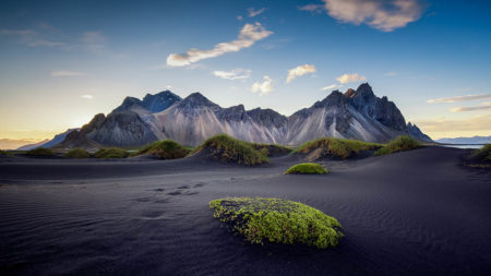 Mountain Views by Richard Hurst