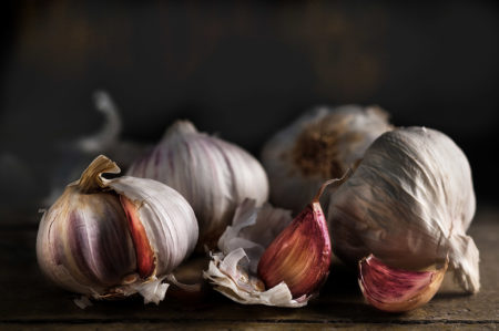 Pink Garlic by Flavio Catalano