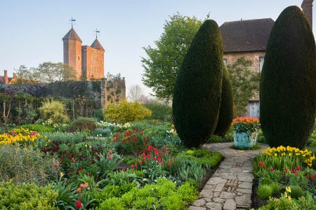 National Trust Sissinghurst Castle Garden (IGPOTY 12)